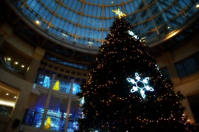 丸亀町ドーム広場 クリスマスツリー