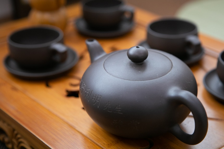「CHA Cafe 紫藤茶館」で中国人マダムから中国茶の作法を教わってみた。